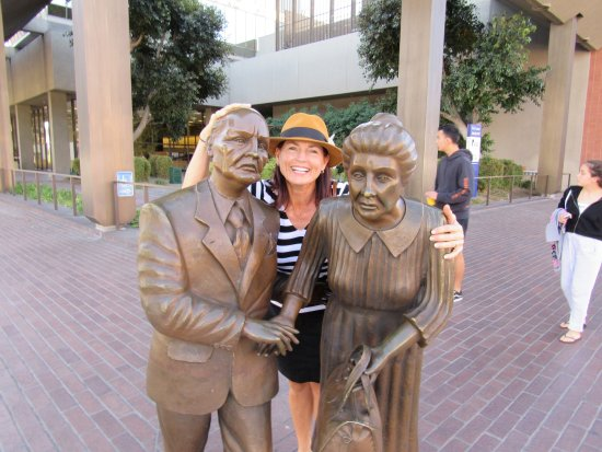 Beverly Hills, CA: Family shopping!