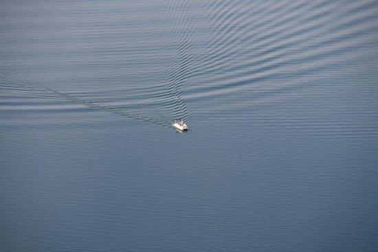 Sunset, ساوث كارولينا: a boat on lake
