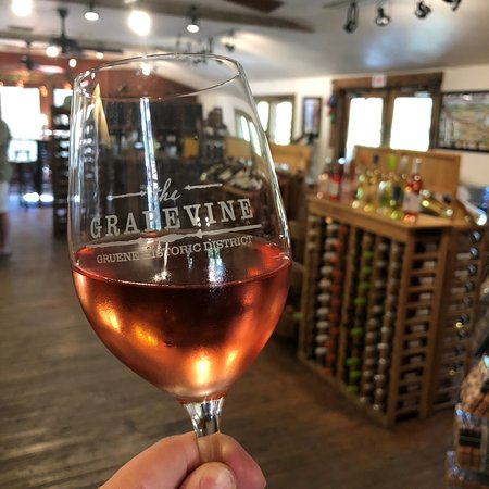 ‪The Grapevine Texas Wine Bar‬
