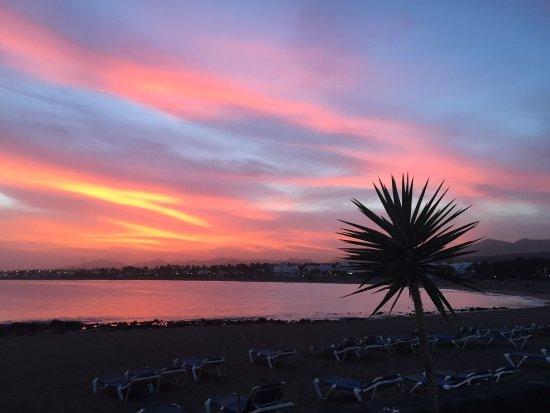 Costa Sal Villas and Suites: Beautiful sunset.