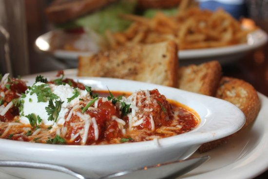 Mozies Bar & Grill : Meatball Appetizer