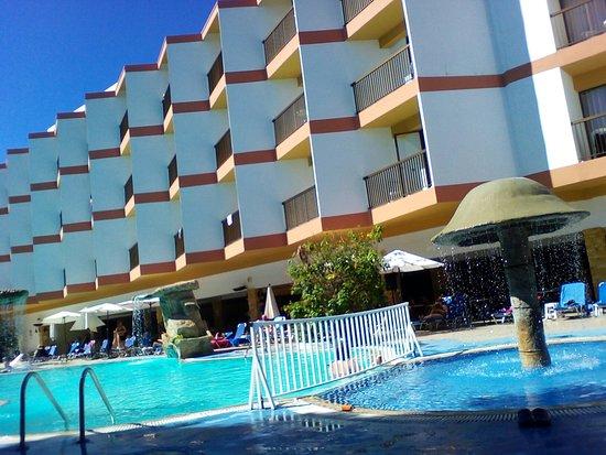 Avlida Hotel: IMG_20171019_125542_large.jpg