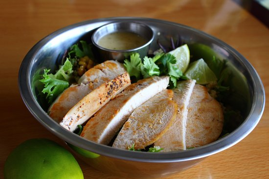 Dover, OH: Quinoa Lime Chicken Bowl at Bread Head Bistro