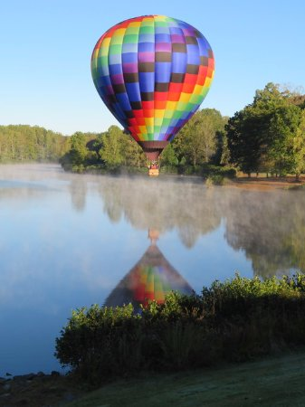 Blue Ridge Balloon: They took great photos of our flight