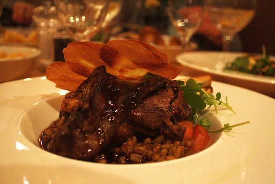 Best Western Plus White Horse Hotel : Slow Cooked Wild West Meath Venison.... pearl barley & red wine stew, crispy potato garnish