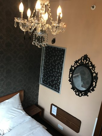 Nice interior design throughout the hotel, chandeliers & nice wallpapers
