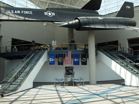 Ashland, Небраска: SR 71 Blackbird in the great hall