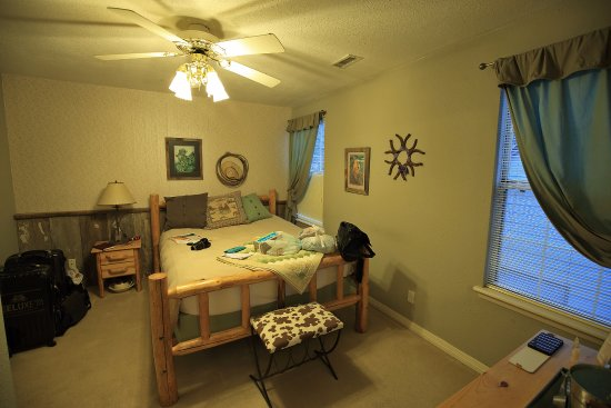 Miners Pick Bed and Breakfast Picture