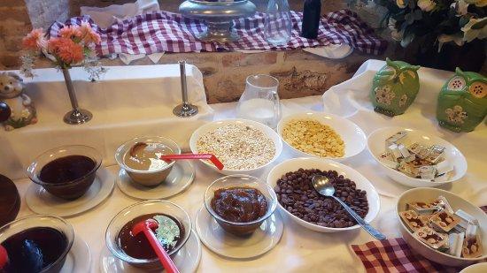 Puding Marina Residence: breakfast