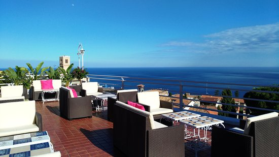 Roof terrace with sea view - Terrazza Sky bar - Picture of Hotel ...