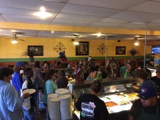 Fitzgerald, GA: 40 WCHS students ate there in one meal and they had plenty of food.