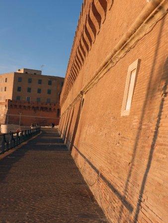 Fontana del Vanvitelli: Pope Urban VIII Defensive Wall, 1630