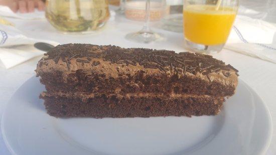 Restaurante O Lourenço: Bolo de Brigadeiro