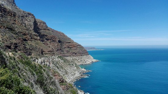 Constantia, แอฟริกาใต้: Chapman's Peak Drive. View from top lookout point. 29/09/2017.