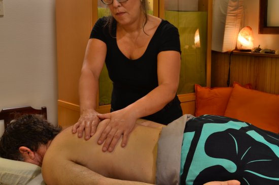 Snohomish, Ουάσιγκτον: I am trained in therapeutic massage techniques