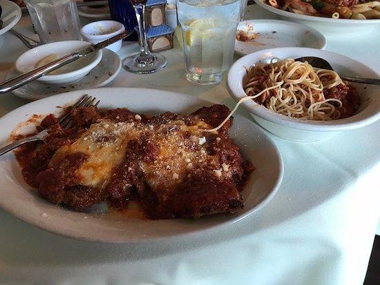 Casa Benedetto's Ristorante: Veal parmesan