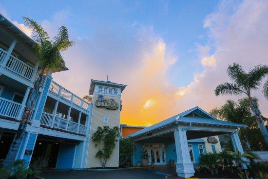 Avila Beach, Kalifornien: Your beach house awaits at Avila Lighthouse Suites...