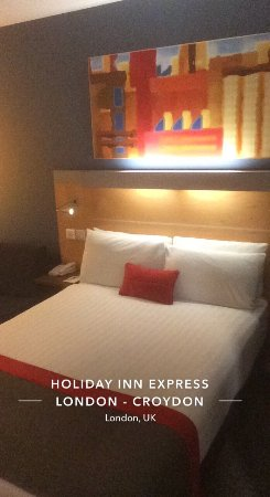 Holiday Inn Express London Croydon: photo1.jpg