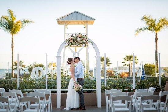 Avila Beach, CA: Sun Deck Wedding Ceremony