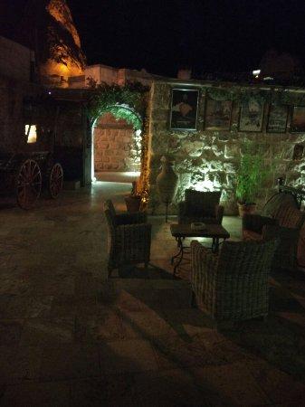 Chelebi Cave House: IMG_20171023_225755_HHT_large.jpg