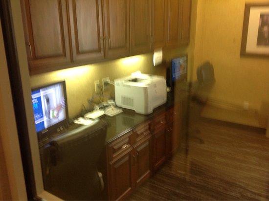 Homewood Suites by Hilton Sacramento Airport-Natomas: photo1.jpg