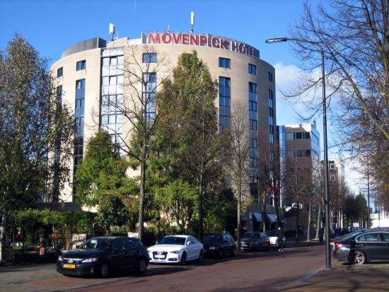 Ворбург, Нидерланды: Außenansicht Mövenpick-Hotel