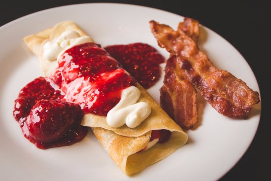 Winkler, Canada: Crepes with cream cheese and fruit sauces.