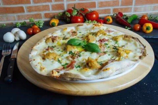 GALERA Restaurante Pizzaria : Pizza Mação