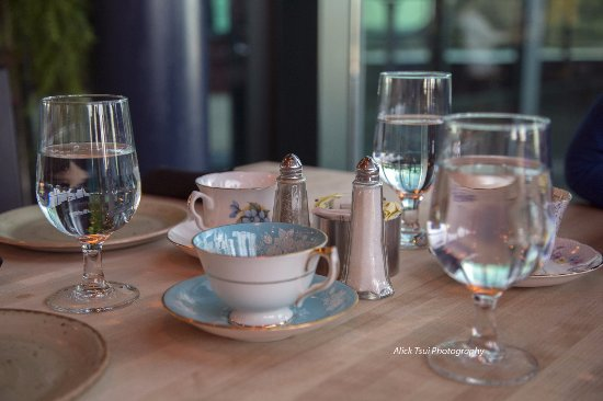 The Rooms Cafe: Find china tea sets
