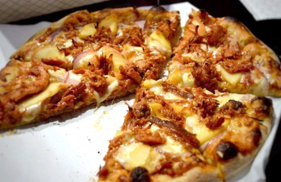 Naches, WA: Pull Pork Pizza delight