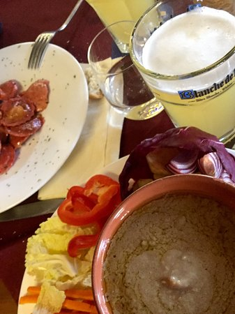 Bagna caoda - Picture of Muntisel Pub-Brasserie, Varallo - TripAdvisor