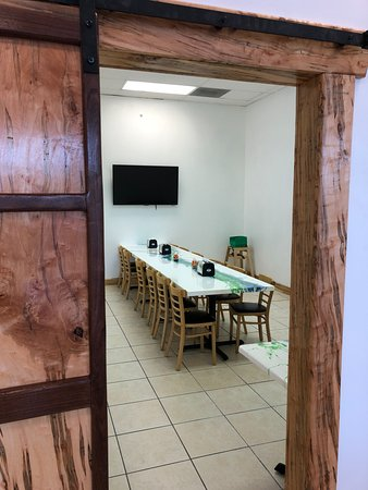 DeFuniak Springs, FL: Entrance To Party/Meeting Room