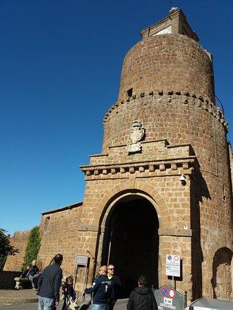 Barbarano Romano, Италия: ports1
