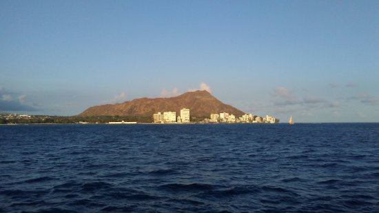 Star of Honolulu - Dinner and Whale Watch Cruises: View of diamond head from the boat!