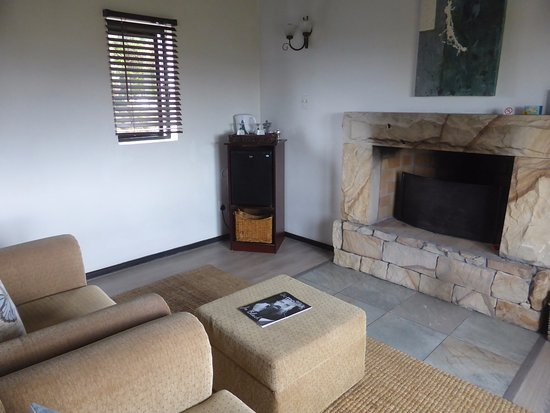 Eland's Bay, Sydafrika: Sitting area with fire place