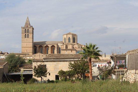 Maria de la Salut, España: Ses Cases Noves. Maria. Sineu (local)