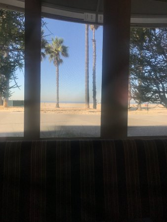 Shutters on the Beach: photo1.jpg