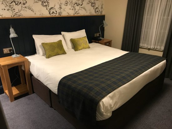 Thaxted, UK: This is the new room at The Swan I stayed in...