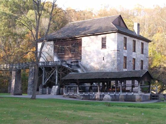 Spring Mill Inn: Spring Mill