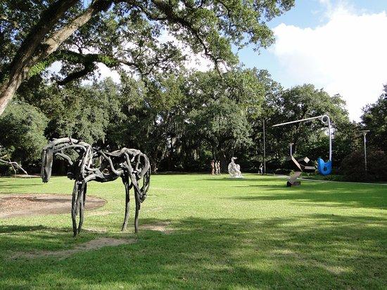 The sydney and walda besthoff sculpture garden at noma - Sydney and walda besthoff sculpture garden ...
