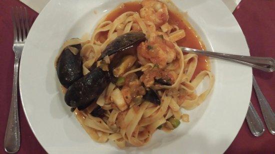 Romero's Restaurant: Seafood Pasta Special