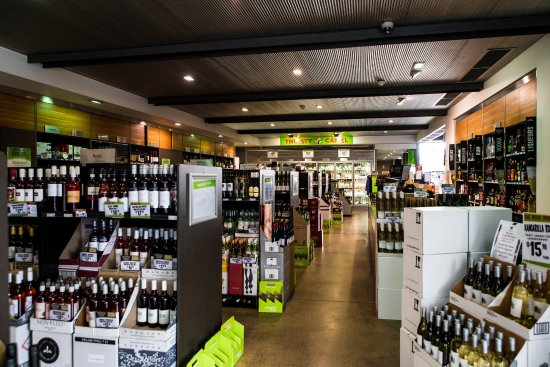 the best attitude 1b800 9e13c Full Thirsty Camel Bottle Shop - Picture of Belair Hotel ...