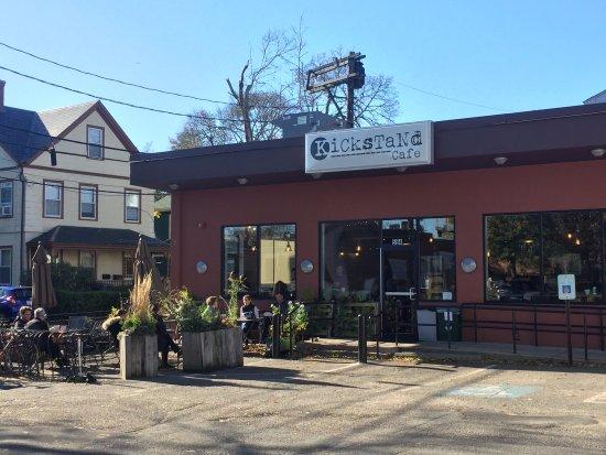 Arlington, MA: Cafe exterior