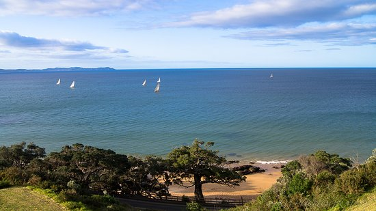 Cable Bay, New Zealand: Stunning view from the bedroom (on the top floor).