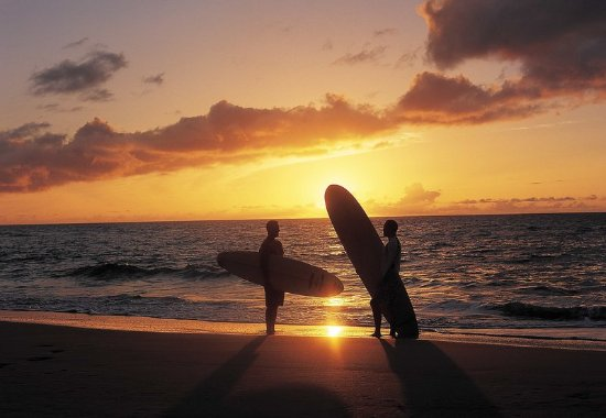 Marriott's Kaua'i Beach Club: Sunset Surfing