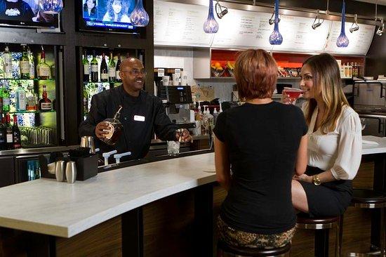 Irving, Teksas: Bistro Bar Area