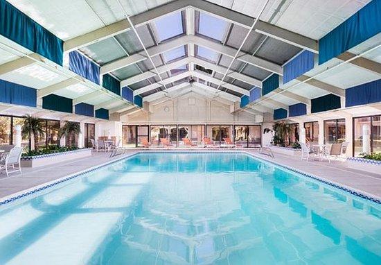 Fairfield Inn Albuquerque University Area: Indoor Pool