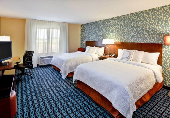 Jeffersonville, OH: Queen/Queen Guest Room