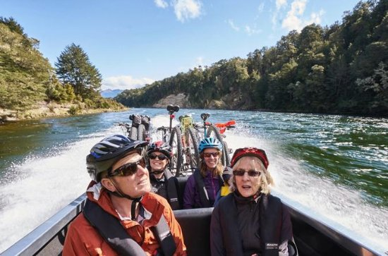 Lake2Lake Cycle Trail River Taxi
