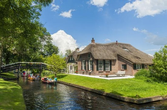 Full day tour from Amsterdam to...